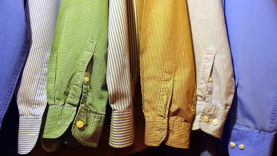 Šatník košilemi