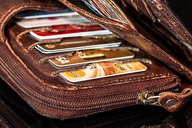 peněženka na kreditní karty