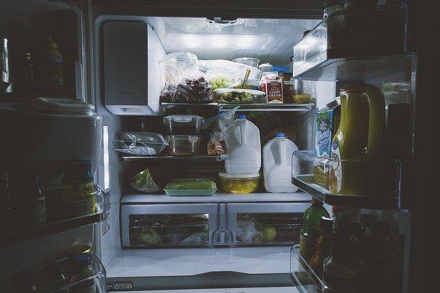 plná lednice