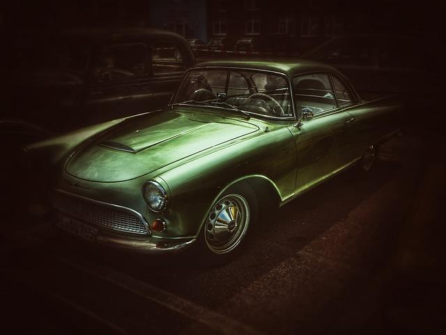 auto ve tmě