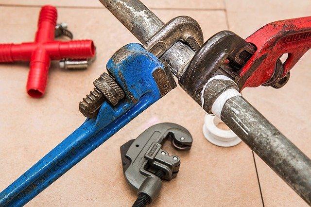 Nářadí pro opravu trubek